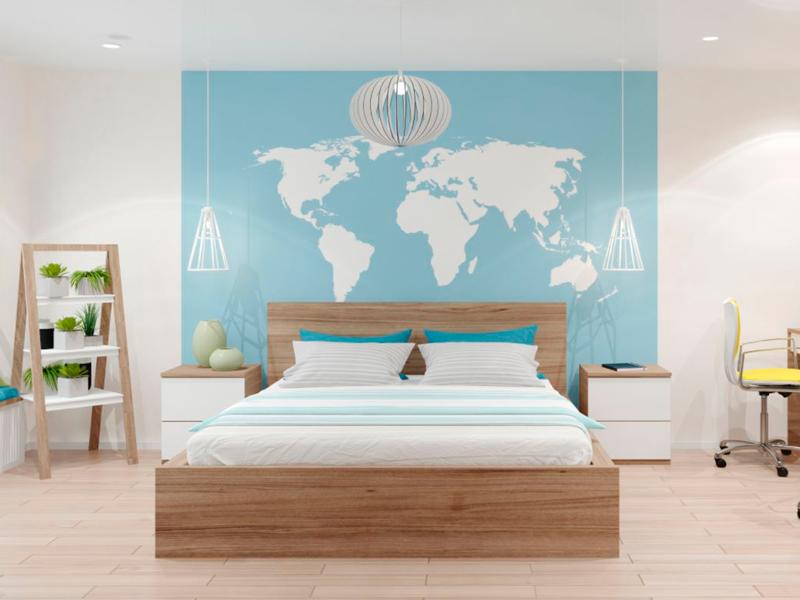 Рисунок на стене в спальне. Киев